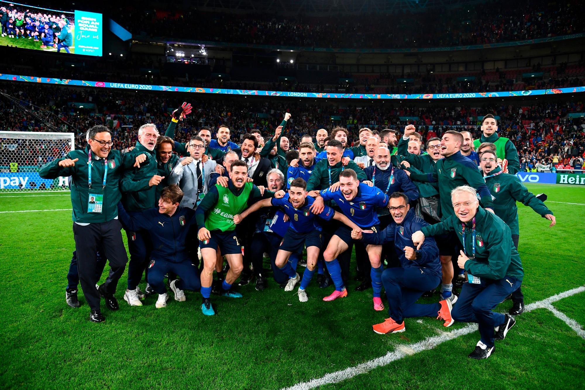 Italia batte Spagna: è finale! Jorginho segna il rigore decisivo