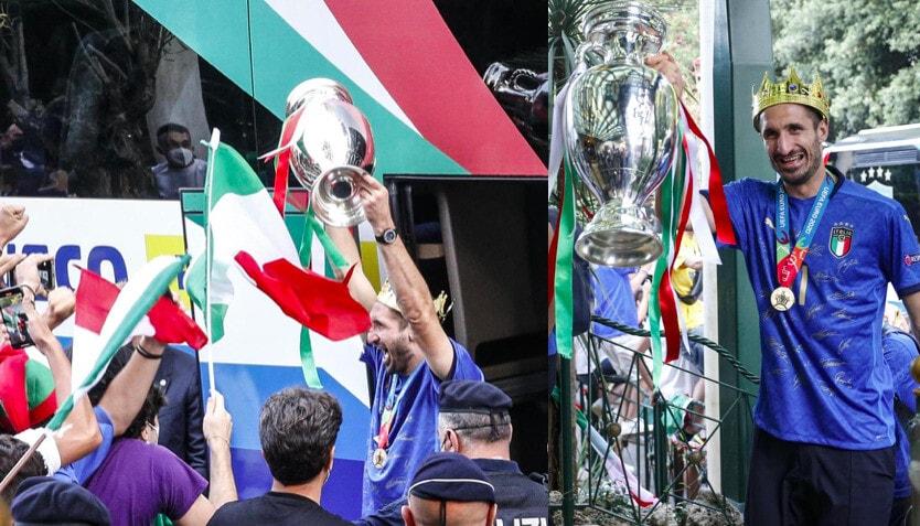 Italia, Chiellini scatenato al rientro a Roma: corona in testa e coppa