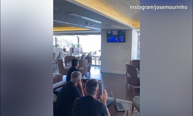 Mourinho, super festa per la prima medaglia del Portogallo!