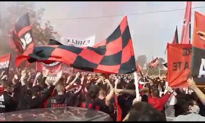 Biglietti Champions, retromarcia del Milan