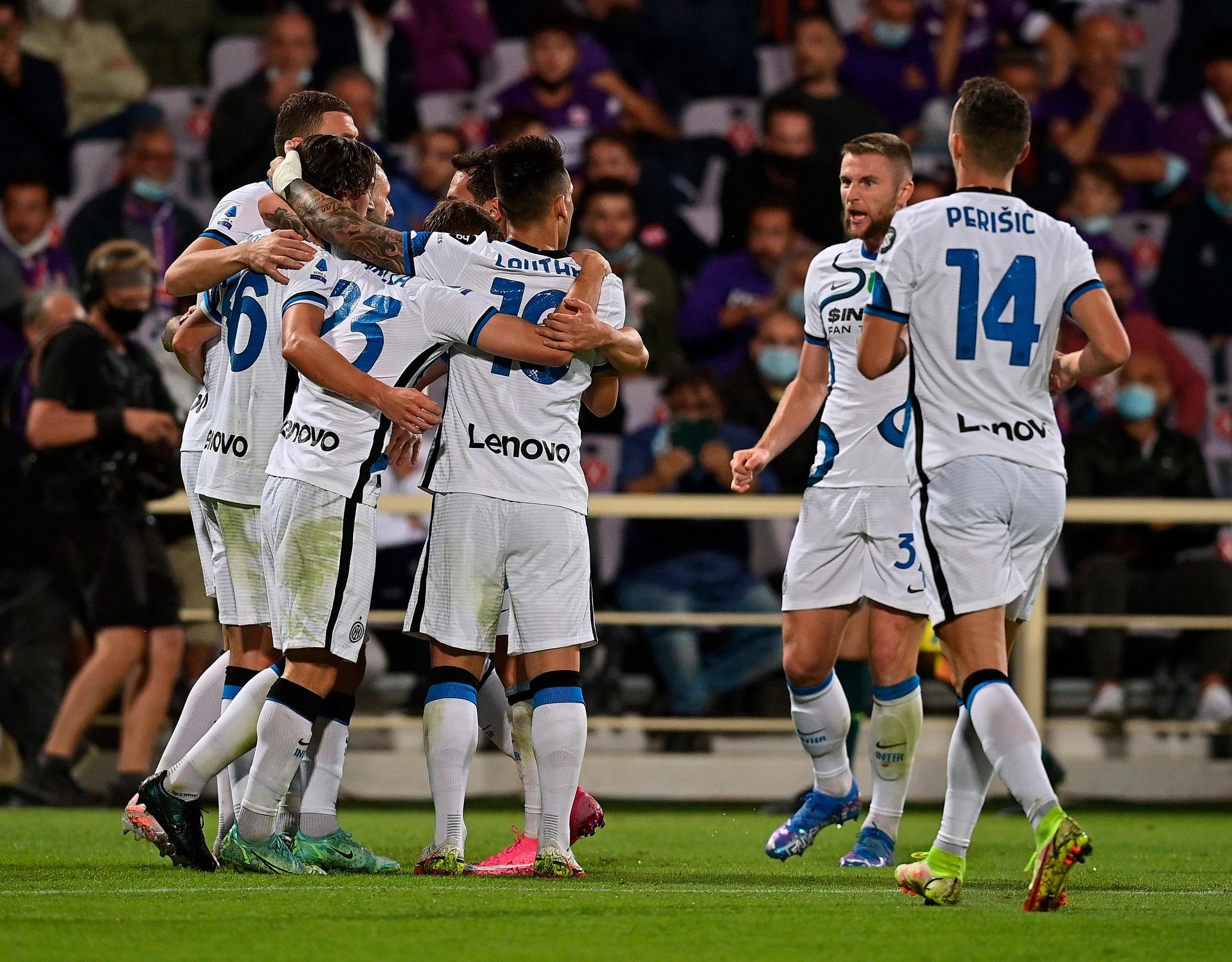 L'Inter vola in vetta: rimonta show con la Fiorentina!