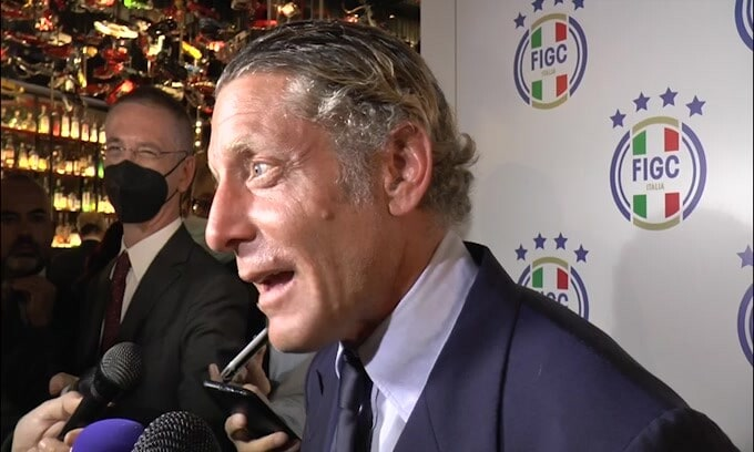"""Lapo scherza: """"Mia moglie? È la FIGC"""""""