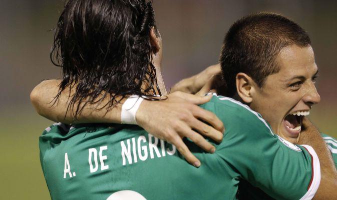 Calciomercato Juve, serve l'attaccante. Chicharito rimonta